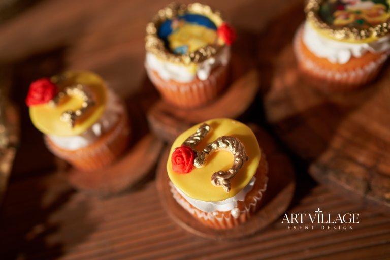 best dessert bar decor UAE