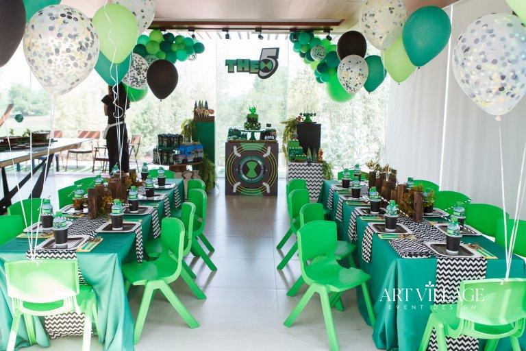 kids table and chair decorations