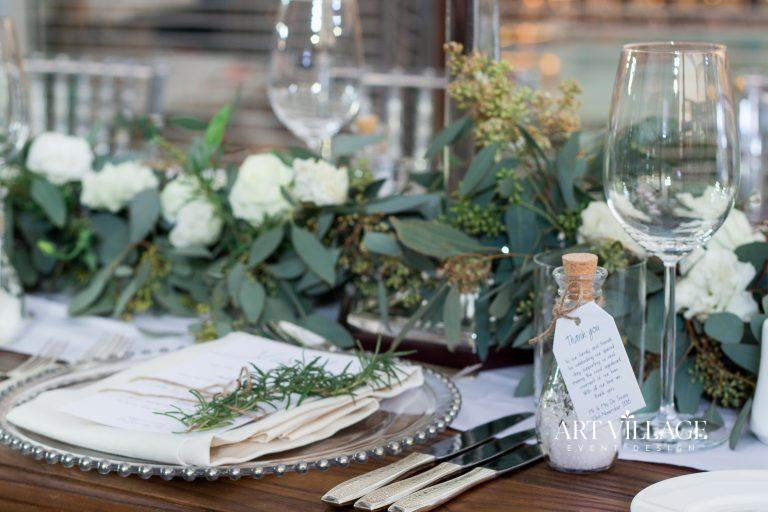 green and white table centerpieces