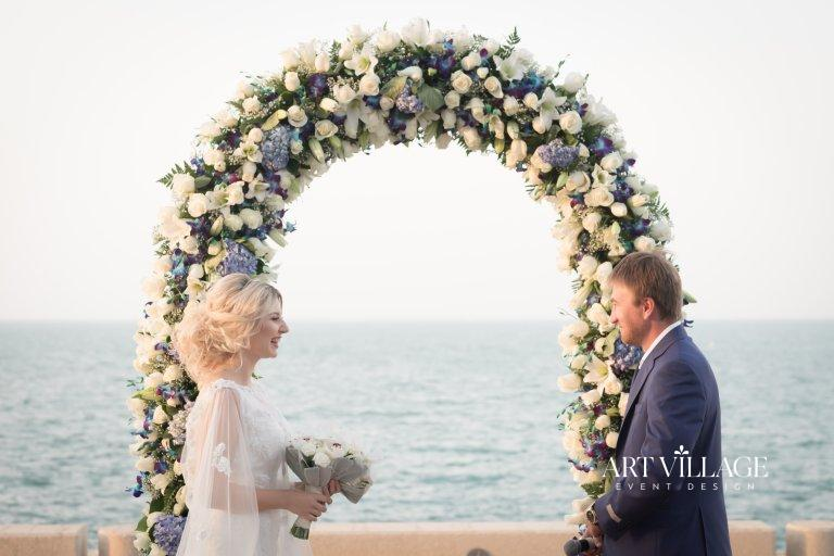 Arch decoration with flower