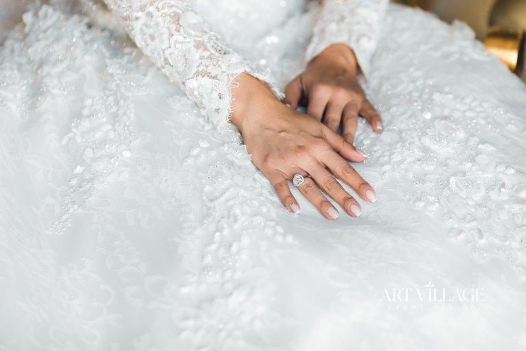 silver engagement ring Dubai