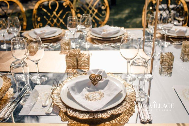 gold chairs and plates rental