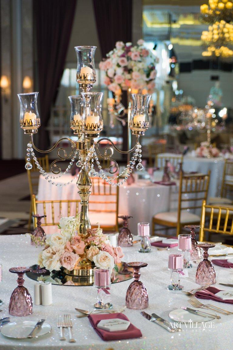 beautiful candelabra centerpieces