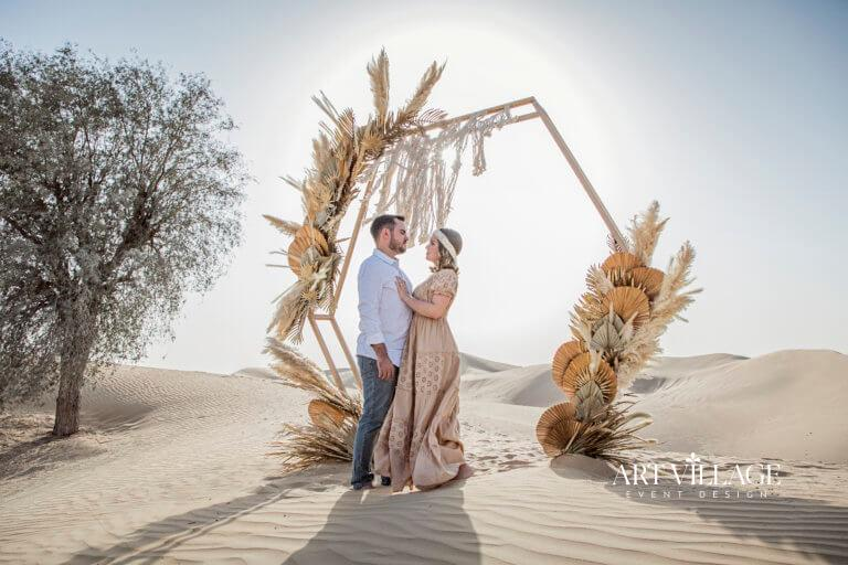 intimate photoshoot in desert