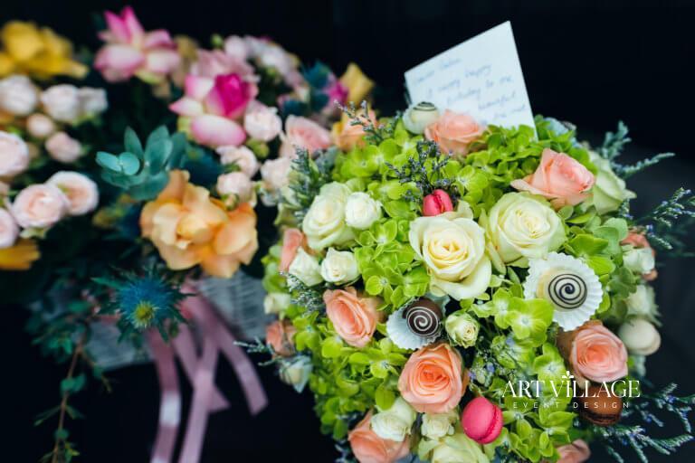 customized flower bouquet gift Dubai