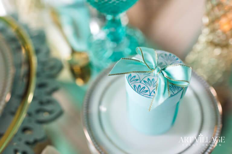 Personalized souvenirs for guests